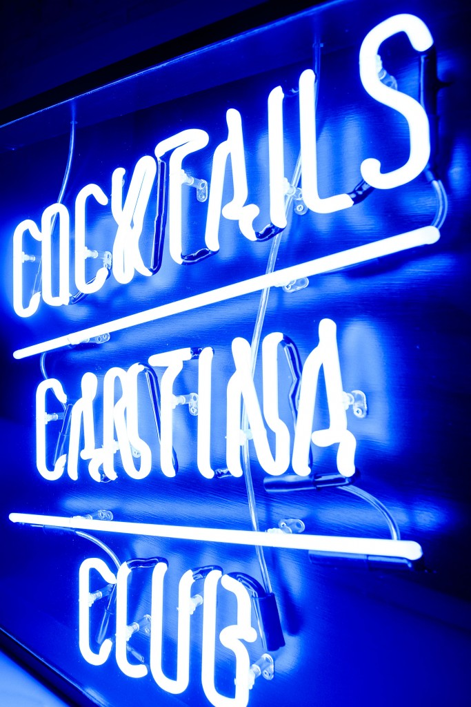Barrio Shoreditch: Bespoke Neon Signs, Prop Hire