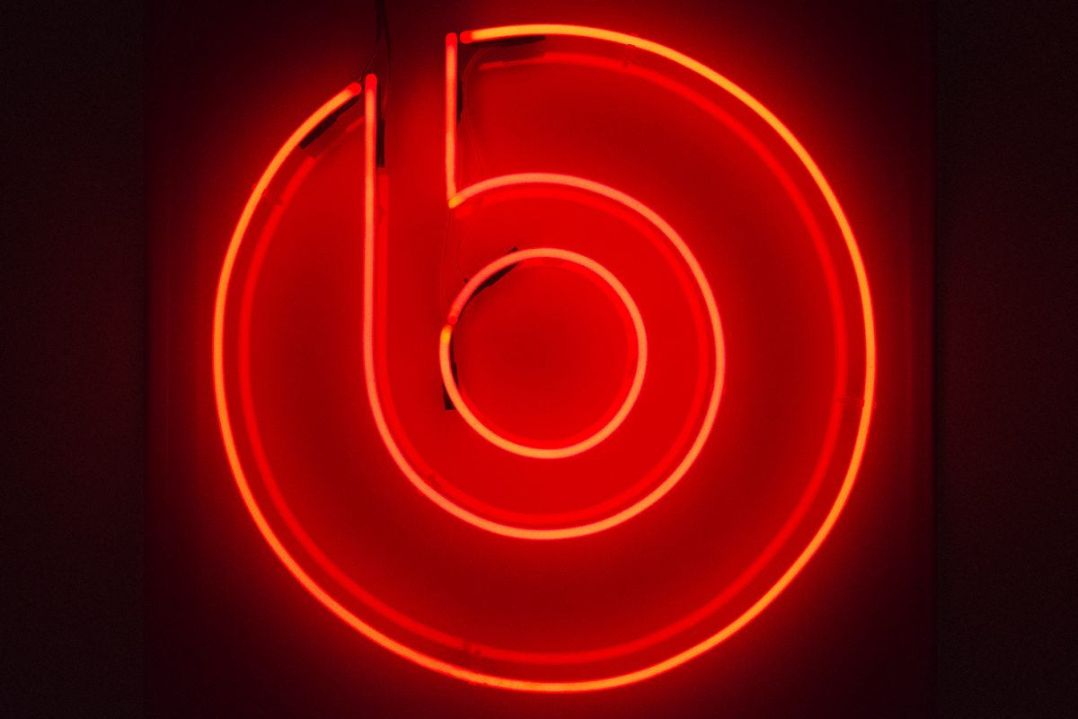 Beats By Dr Dre Kemp London Bespoke Neon Signs Prop Hire Large